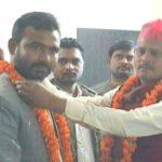 माफिया से माननीय बने अजय सिपाही ने खुले आम उड़ाई आचार संहिता की धज्जिया