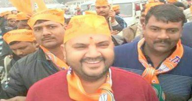 khabbu tiwari got ticket from gosaiganj seat