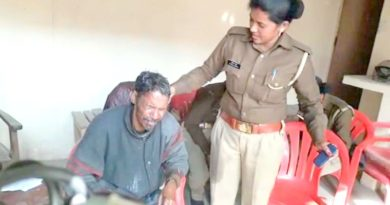 man try suicide with son lucknow vidhansabha