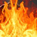 यूपी-बिहार बार्डर पर  जिन्दा जले मां-बेटे