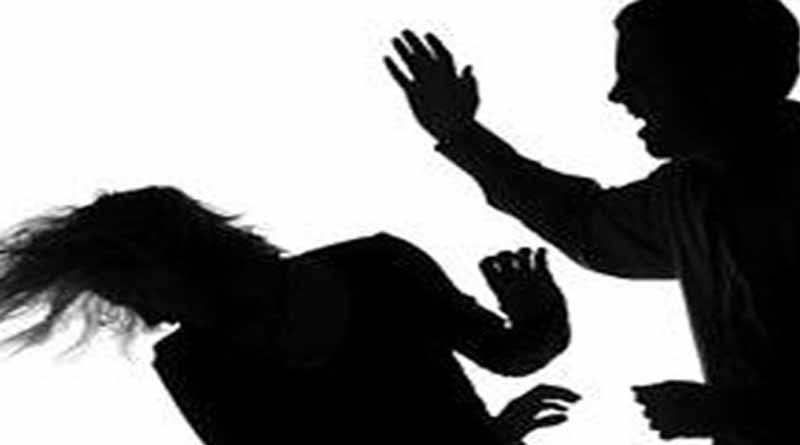 beating to women for ten rupees ballia