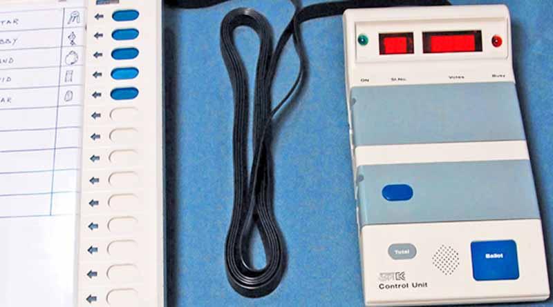evm machine prepration during election in ballia