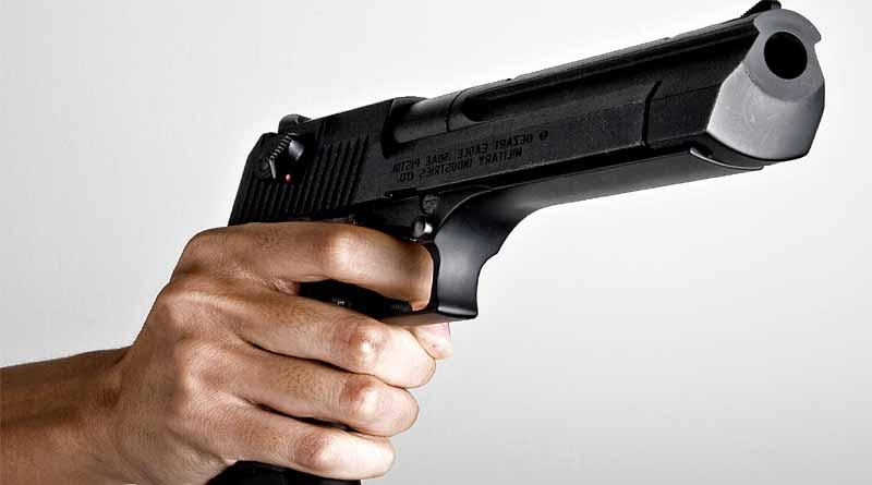 gonda ex pradhan shoot person from gun