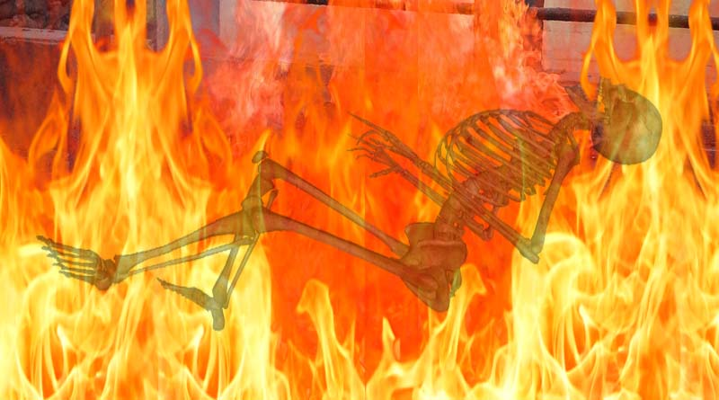 peoples escape during cremation of women in ballia