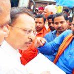 बलिया में जब मंत्री उपेन्द्र तिवारी ने की क्रय केंद्रों पर छापेमारी,लिया जबरदस्त एक्शन