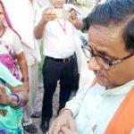 गोरखपुर के भाजपा विधायक के बिगड़ें बोल ,महिलाओं से किये बेतुके सवाल