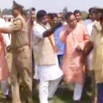 भाजपा जिलाध्यक्ष ने की उप जिलाधिकारी के साथ दबंगई , सत्ता का नशा है अभी और चढ़ेगा