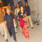 बलिया में प्राइवेट नर्सिंग होम जिलाधिकारी का छापा, डॉक्टर के साथ पत्नी गिरफ्तार